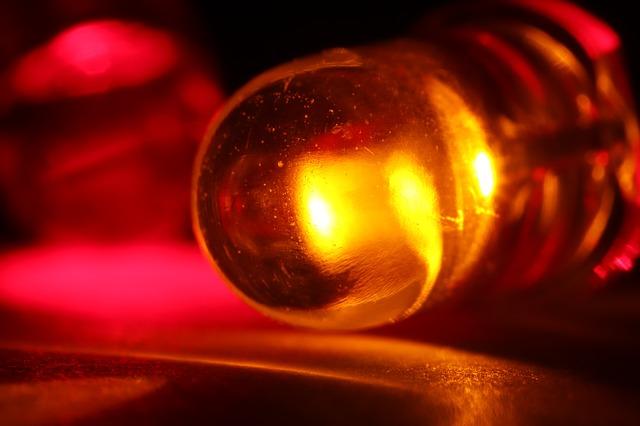 emitující dioda