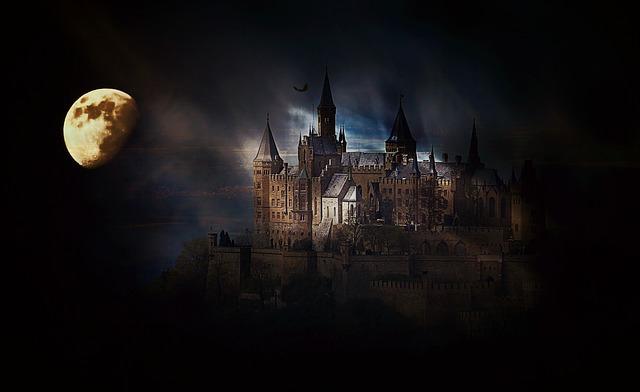měsíc u hradu hohenzollern